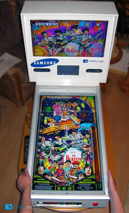 Metku Pinball - World first water cooled Pinball machine!