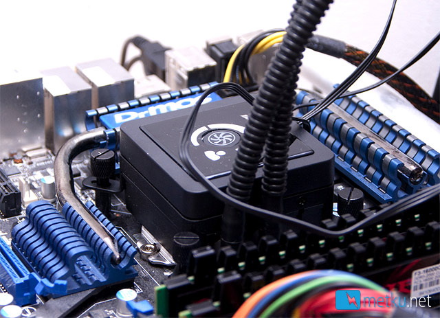 Corsair Hydro H100 - High performance cooling with water