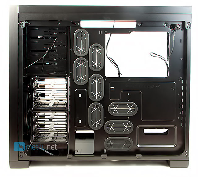Corsair Obsidian 650D - Extremely stylish and well thought out case