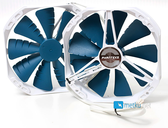 Phanteks PH-TC14CS CPU Cooler - Cooler with multiple color choices